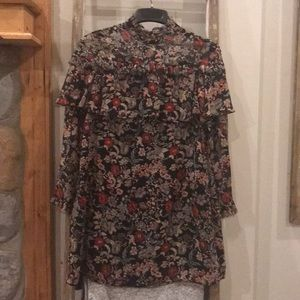 NWT Zara floral shift dress with frayed trim